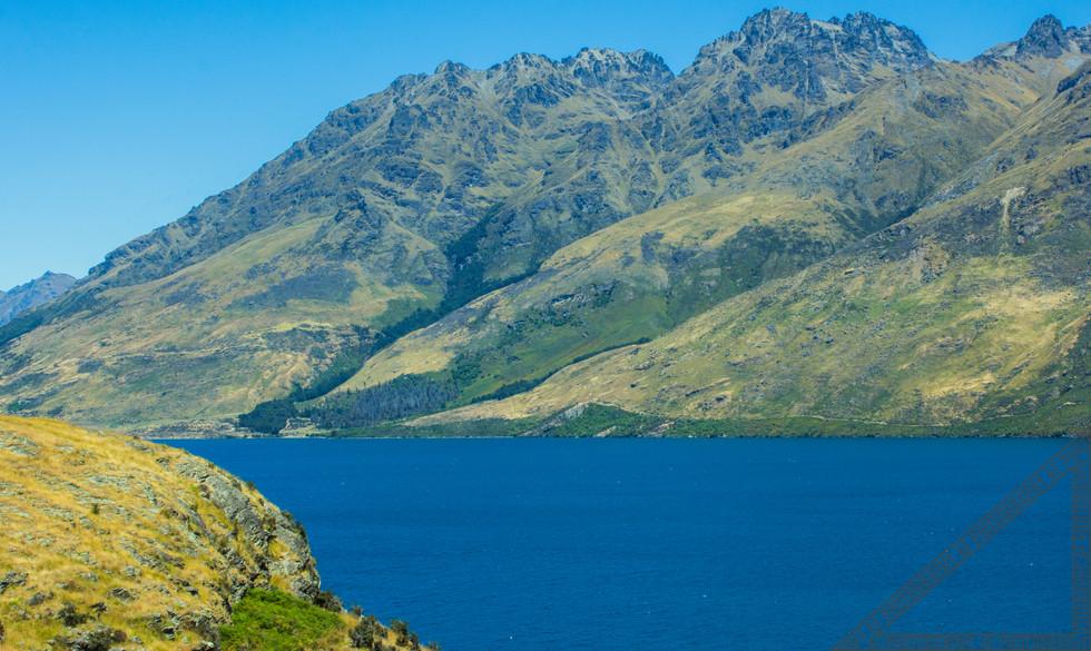 Queenstown New Zealand Lake Wakatipu NZ030