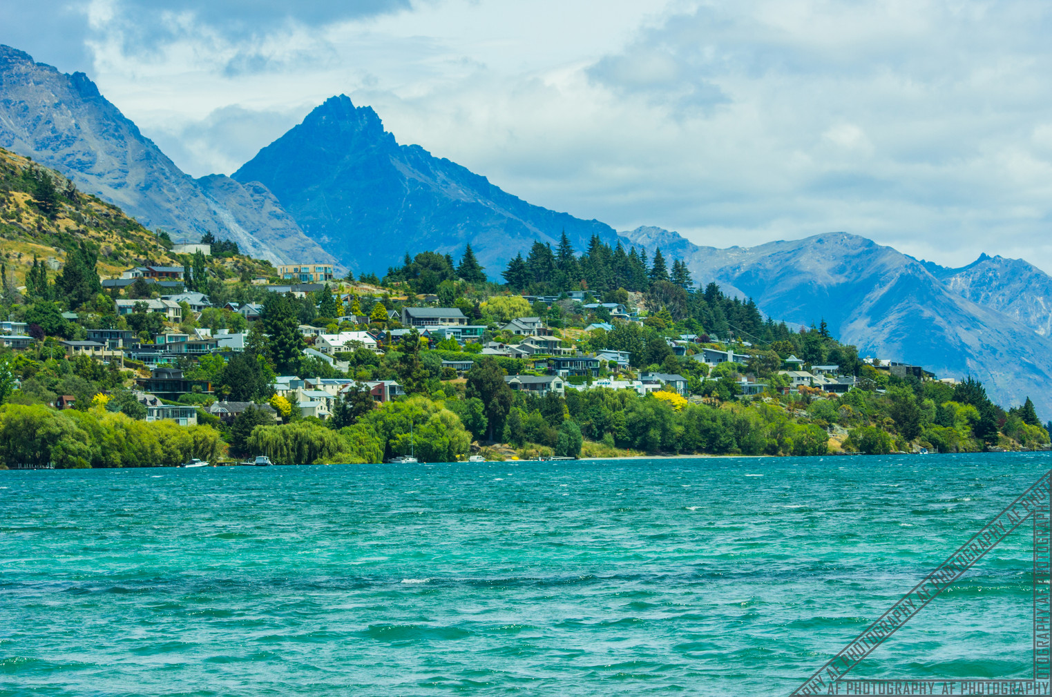 Queenstown New Zealand Lake Wakatipu NZ009