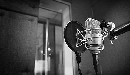 microphone-570x330.jpg