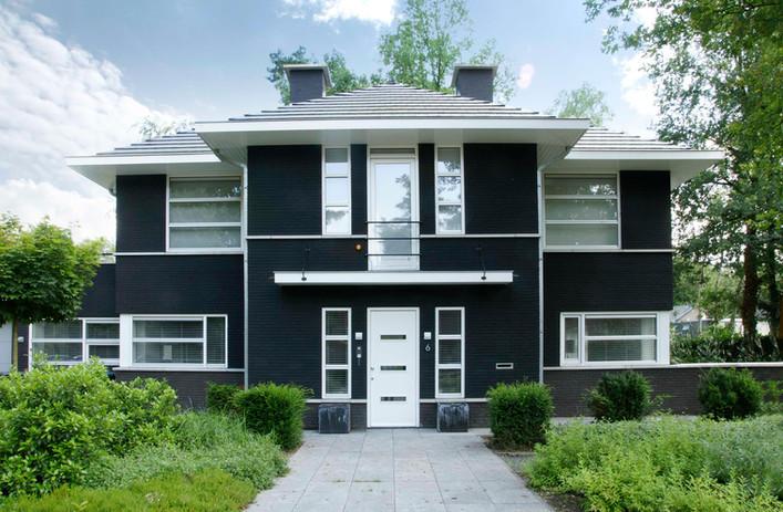 studio webuild architect zwart herenhuis