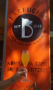 Kombucha Cafe und Fermenterei