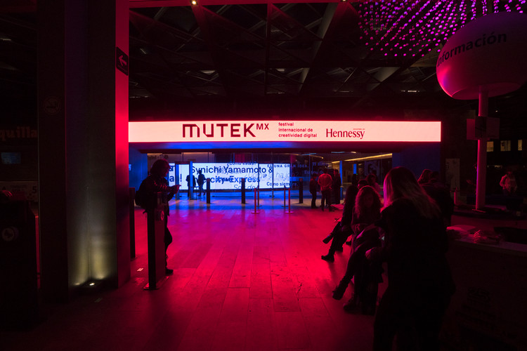 MUTEK  A-VISIONS 1 _ LEO LUNA -4.jpg