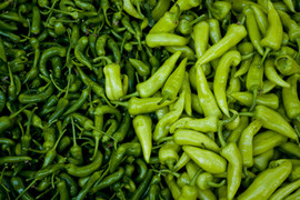 fresh-peppers-farmers-market-open-air-green-39479.jpeg