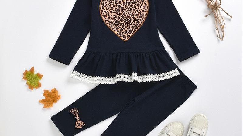 Leopard Detail Heart & Bows Set