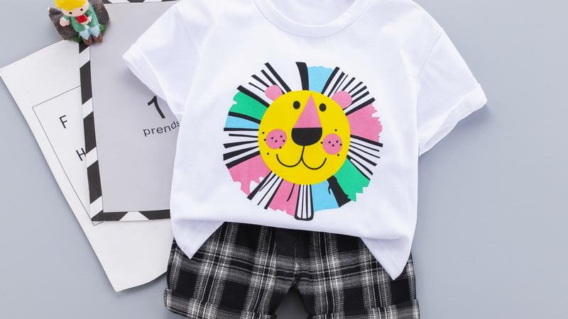Lion T-Shirt & Shorts Set