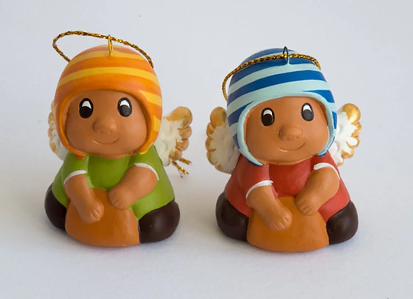 Angelitos con cappello
