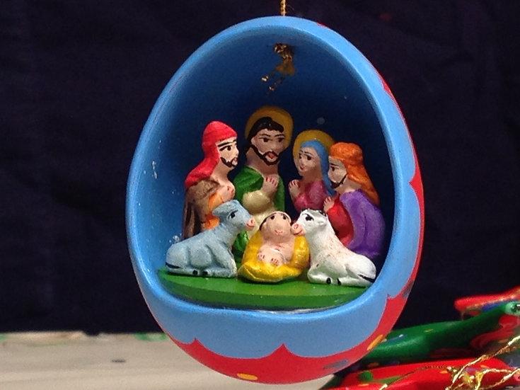 Uovo decorativo con Presepe