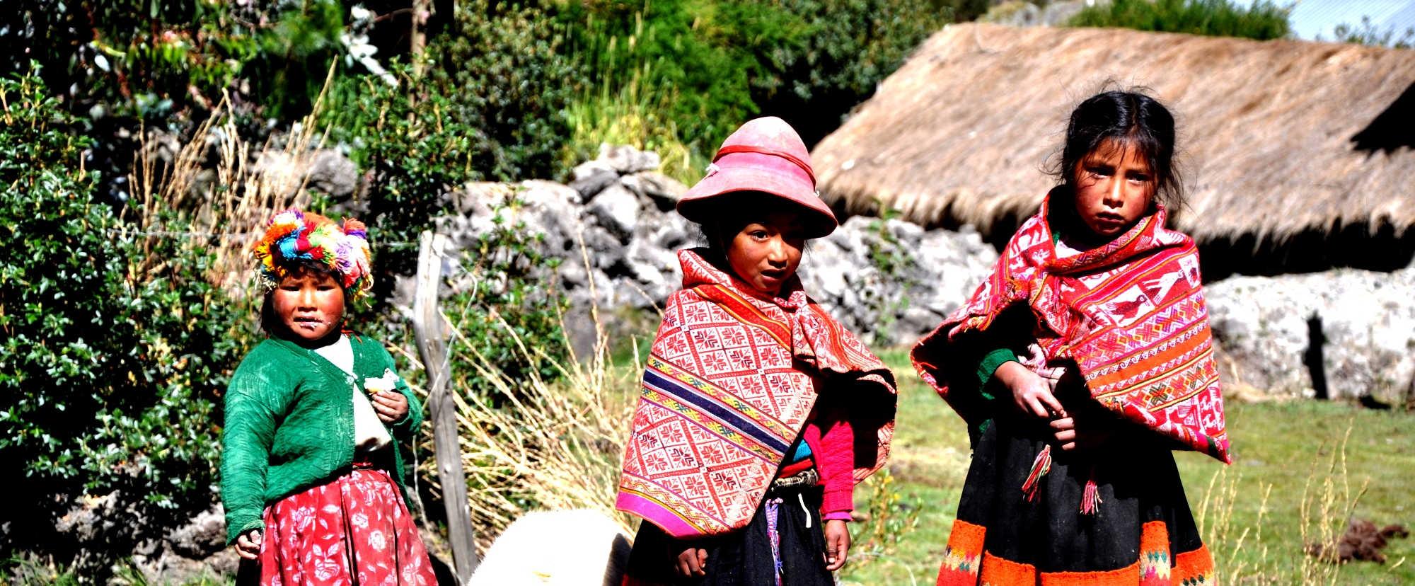 trekking in peru WILLOC yanapanakusun peruresponsabile cusco valle sagrado (1).j