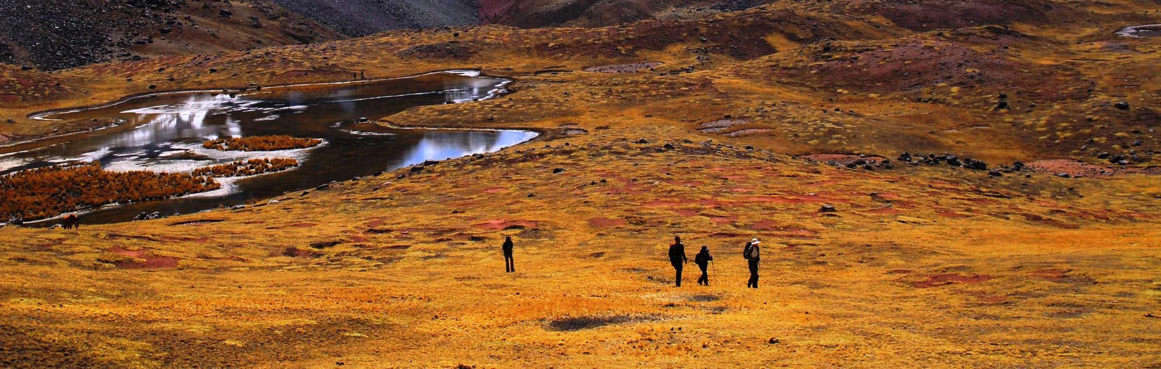 trekking in peru yanapanakusun peruresponsabile cusco valle sagrado (7).jpg