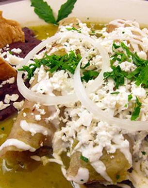 enchiladas-verdes-restaurante-xochitla-0