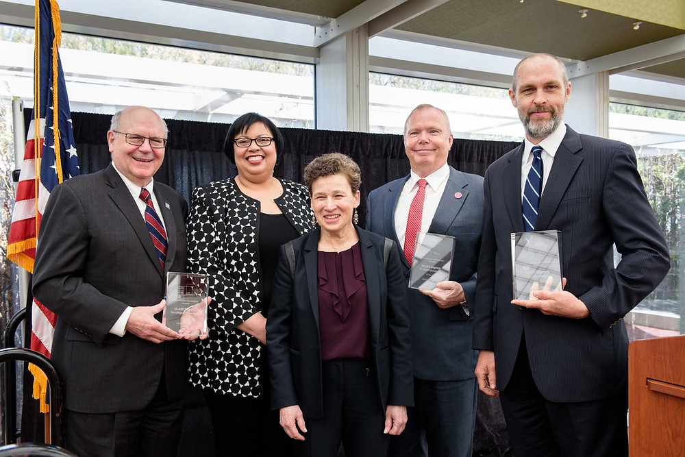SILS' Fifth Annual Luncheon