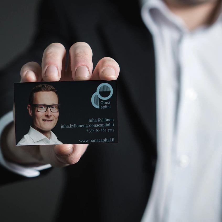 Oona Capital business card