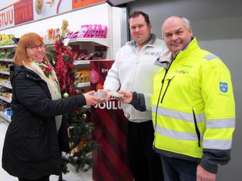 Tyrnävän Lions Club ja Tyrnävän K-Market tekivät lahjoituksia sosiaalitoimelle