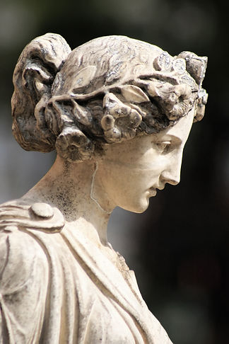 greek-statue.jpg