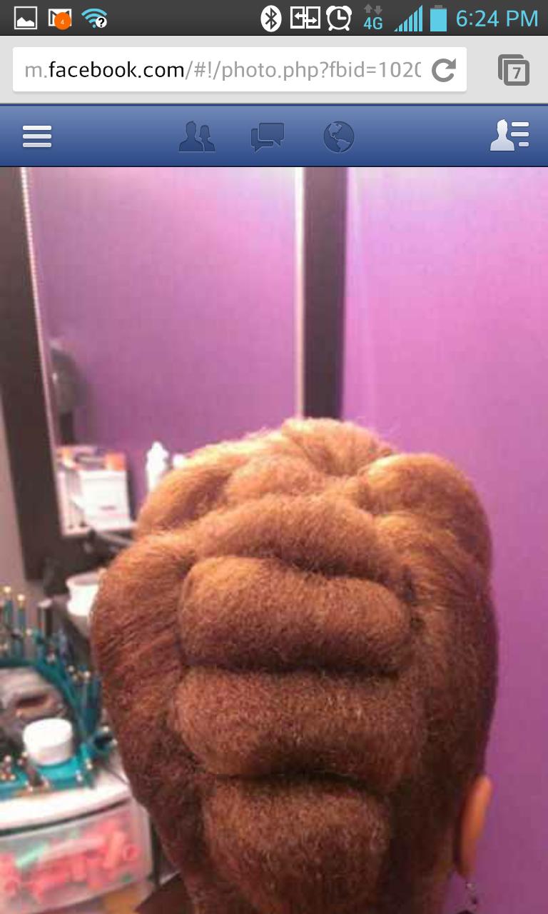 natural hair pin up