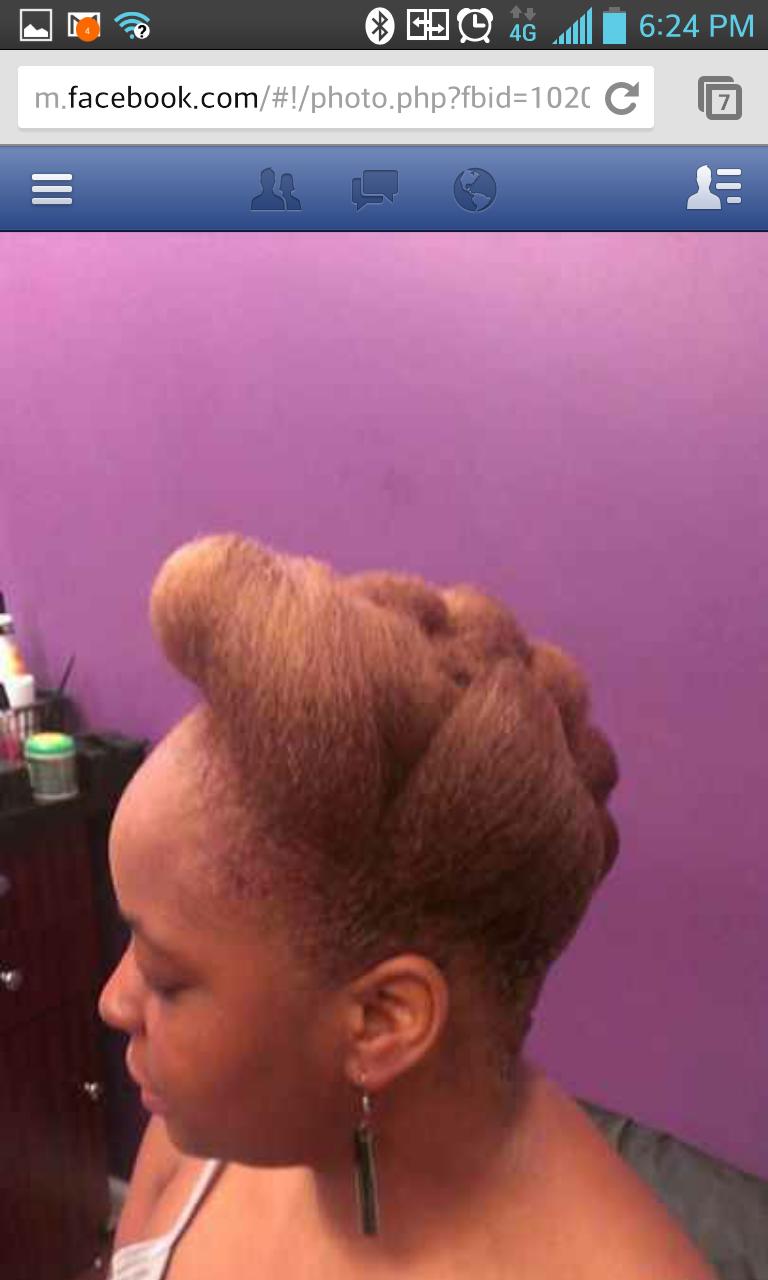 natural hair pinup