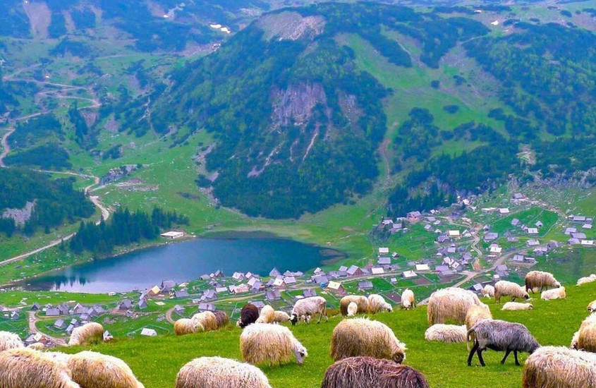 Prokosko jezero Bosnia and Herzegovina.JPG