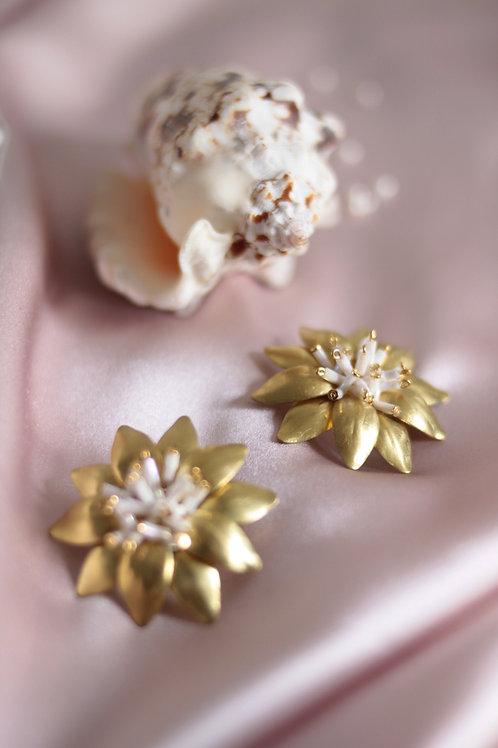 Pendientes Flora · cristales blancos