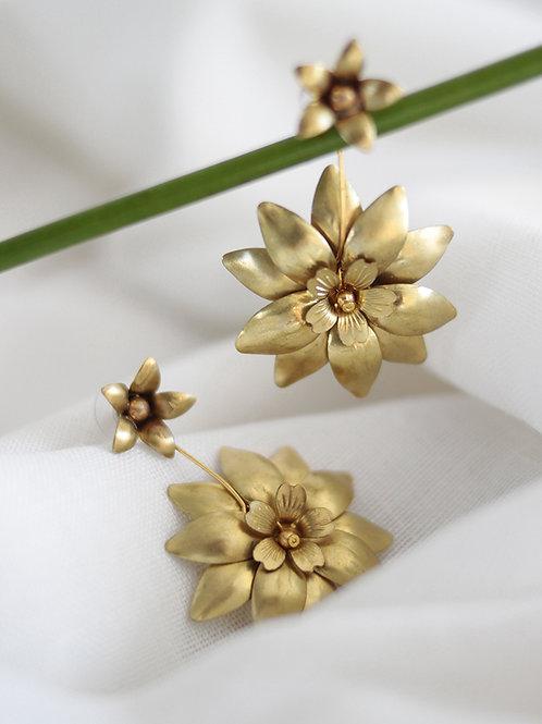 Pendientes Rocío · flor grande de quita y pon