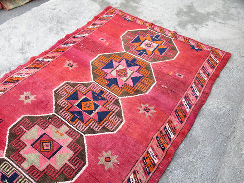 UNIQUE TURKISH OUSHAK RUG