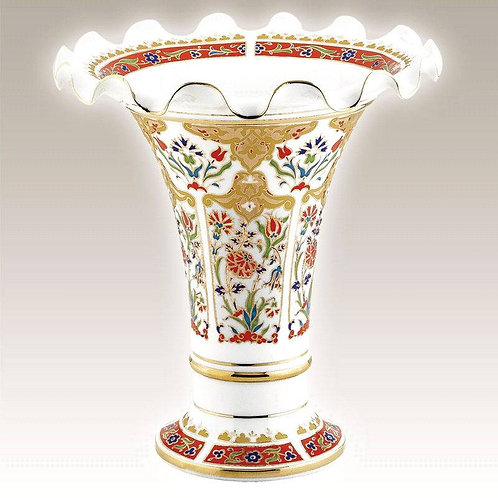 """GOLD PAINT TURKISH PORCELAIN VASE, 25 cm (9.8"""""""