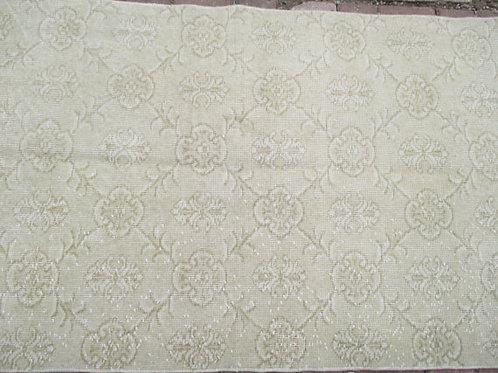 "WHITE TURKISH KILIM RUNNER, 335 x 90 cm(131 x 35"")"