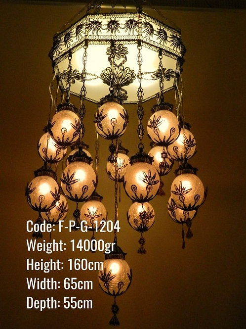 LUXURIOUS OTTOMAN CHANDELIER, 17 LAMPS