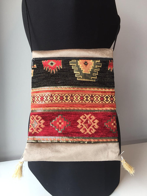 HANDMADE KILIM MESSENGER BAG, MULTI 00034