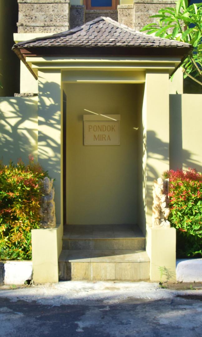 Private Entrance - Mira.jpg