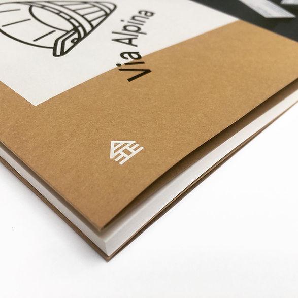 Couverture imprimé en blanc