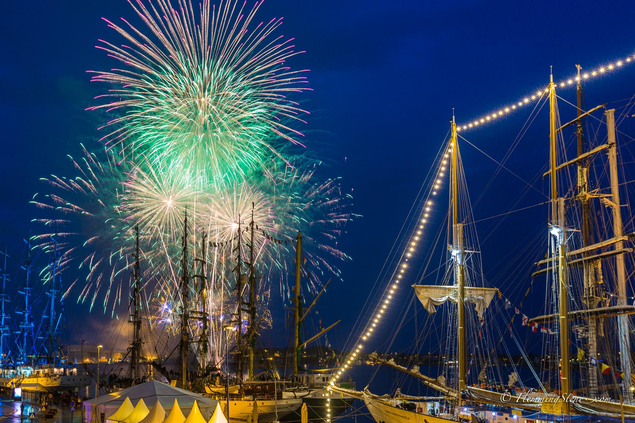 Tall ships firework