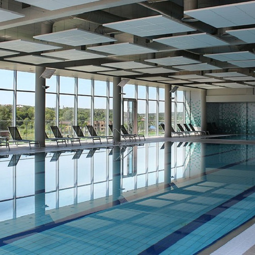 swimming pool hotel.jpg