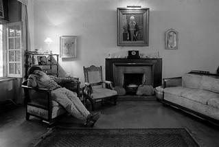 Tejbir Singh Asleep, Sujan Singh Park, Delhi, 1991 Public and Private © Ram Rahman 1980