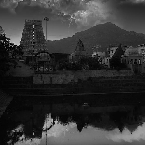 The Lightening, Arunachaleshwarar temple in Tiruvannamalai 2012