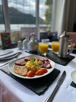 Breakfast with Loch views