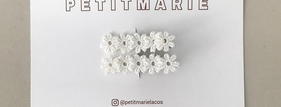 Par de clips flower // off white