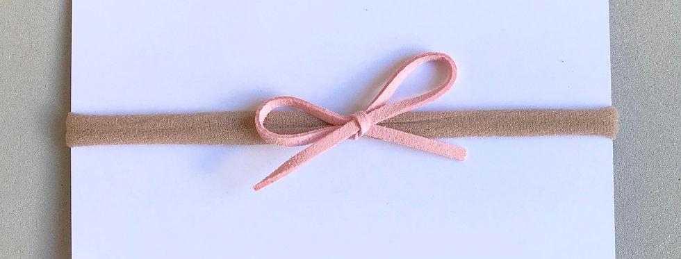 Faixa laço camurça // rosa bebê