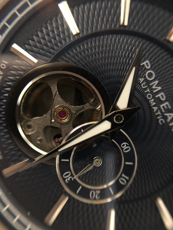 The Underline collecting vs Kickstarter: Introducing the Pompeak Gentleman Watches