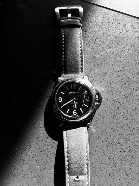 How does it feel?: The Panerai Luminor base logo