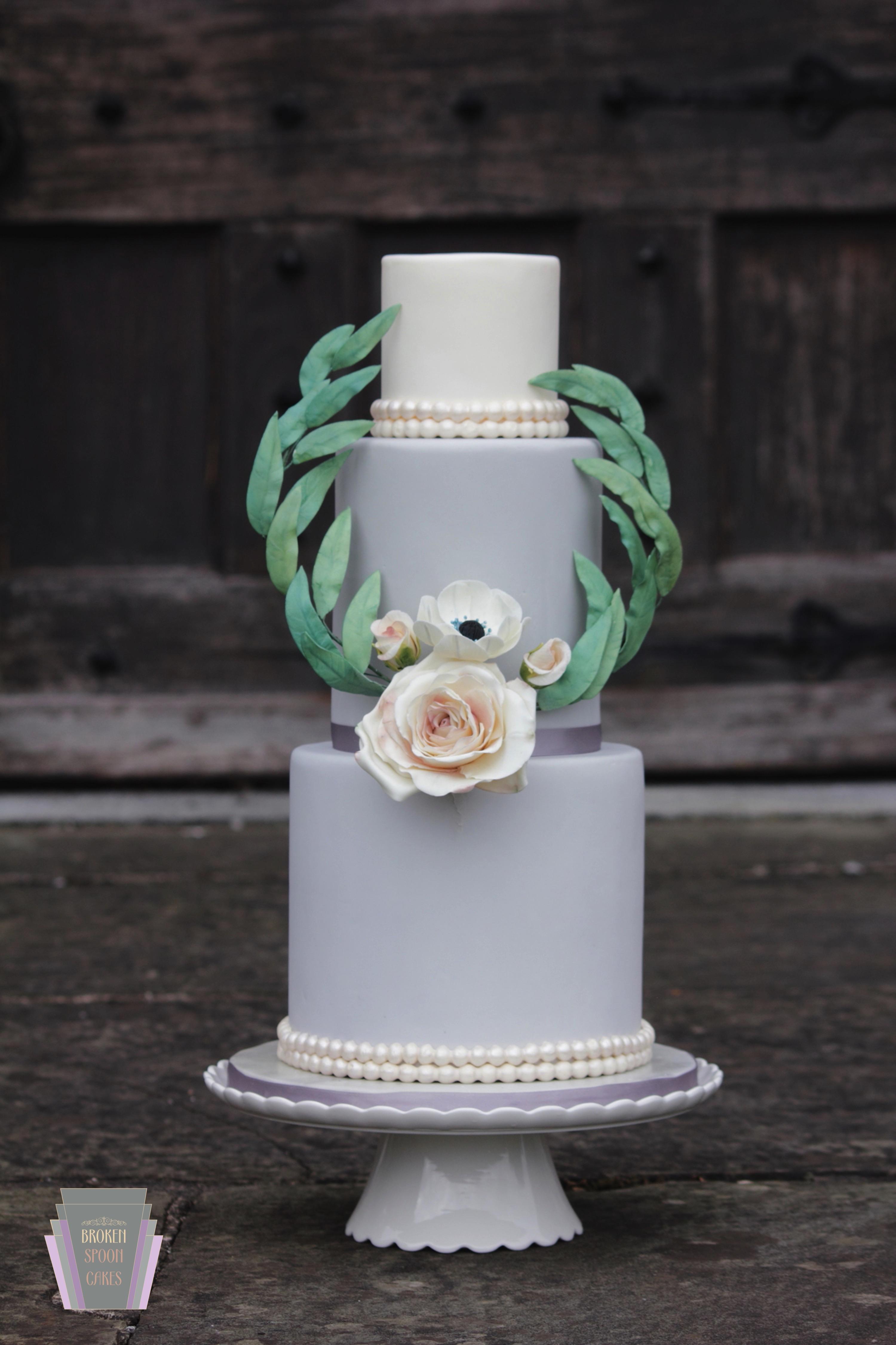 Vintage Rose & Anemone Cake