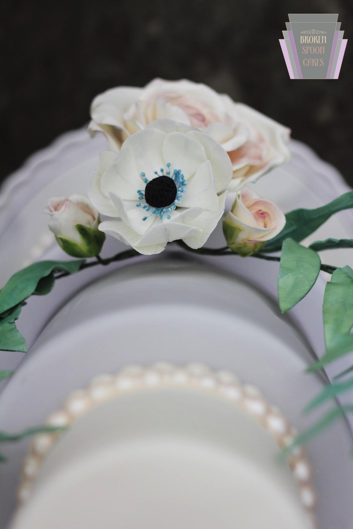 Vintage Rose & Anemone Cake Detail