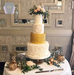 Petal & Gold Beauty Wedding Cake