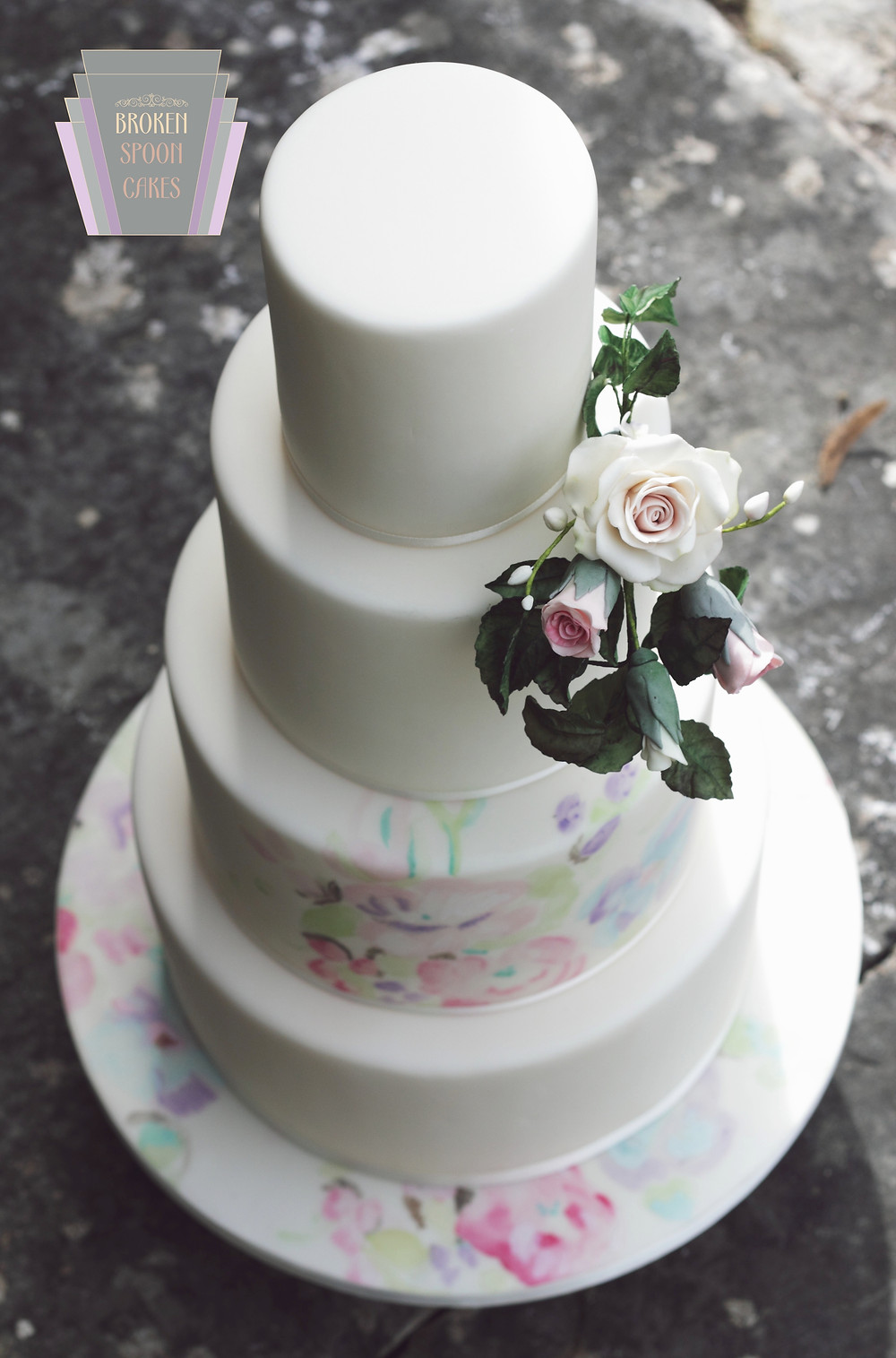 Broken Spoon Cakes | Untamed Love Wedding Cake | Image by Portraits By Patrick