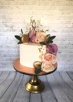Florals & Gold Cake