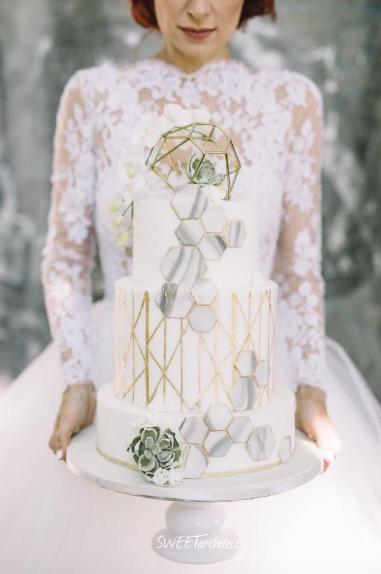 Sweet Architect | Geometric Cake