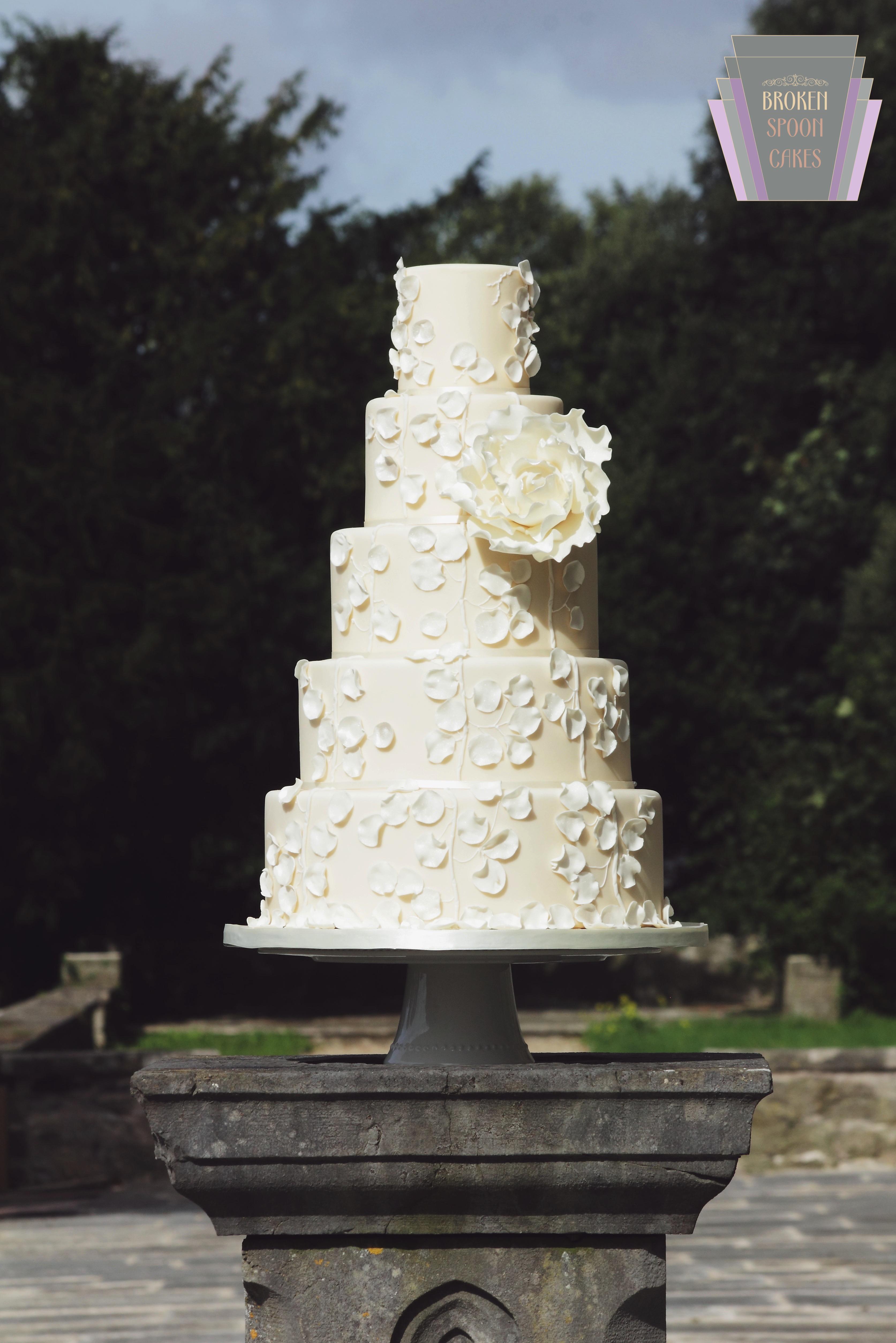 Calla Couture Cake