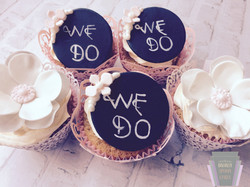 'We Do' Wedding Cupcakes