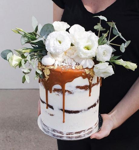 Tome Cakes | Caramel Drip Cake | Image by Matt o'Brien
