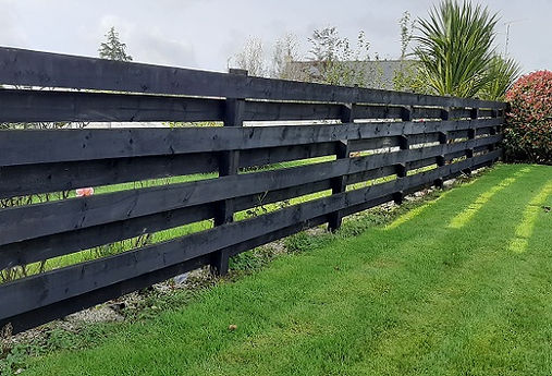 flannery - and - sons - timber - fencing