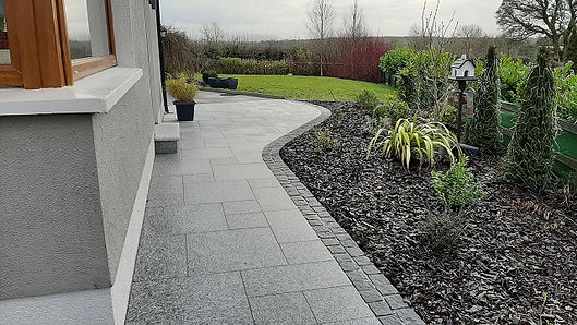 paving-patio-flannery and sons- landscap
